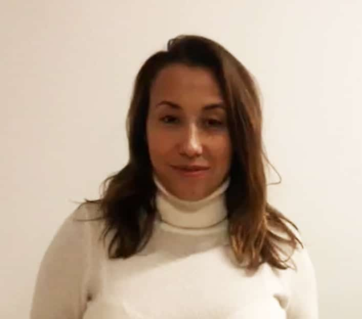 Cíntia Oliveira